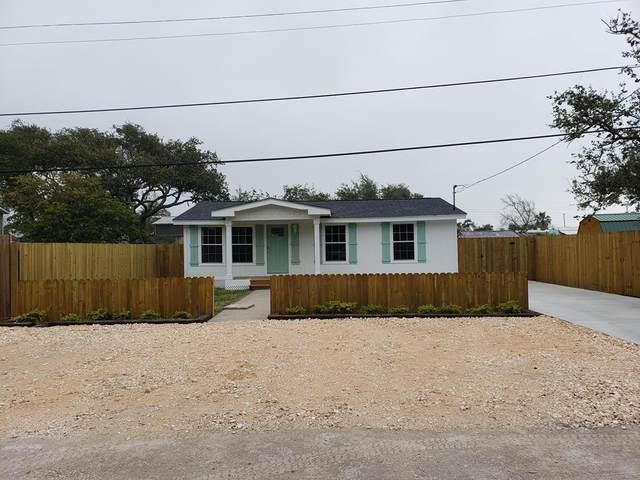 406 W Bay Street, Rockport, TX 78382 (MLS #357014) :: Desi Laurel Real Estate Group