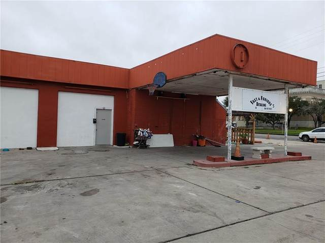 502 W Sinton Street, Sinton, TX 78387 (MLS #357777) :: RE/MAX Elite Corpus Christi