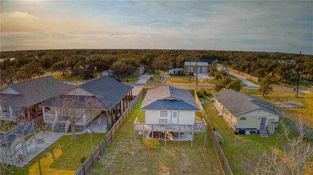 320 S Verne Street, Rockport, TX 78382 (MLS #357980) :: Desi Laurel Real Estate Group