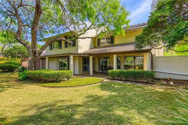 5002 Greenbriar Drive, Corpus Christi, TX 78413 (MLS #362060) :: Desi Laurel Real Estate Group