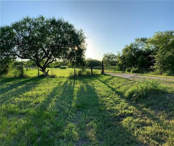 398 E Sullivan St, Skidmore, TX 78389 (MLS #362457) :: Desi Laurel Real Estate Group