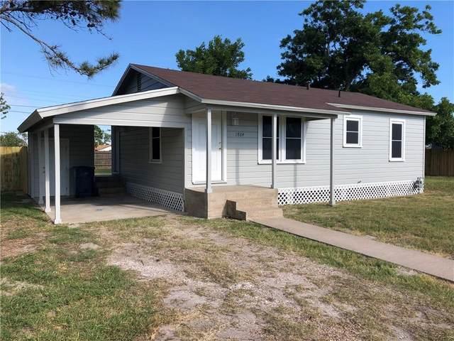 1864 Elizabeth, Ingleside, TX 78362 (MLS #367156) :: KM Premier Real Estate