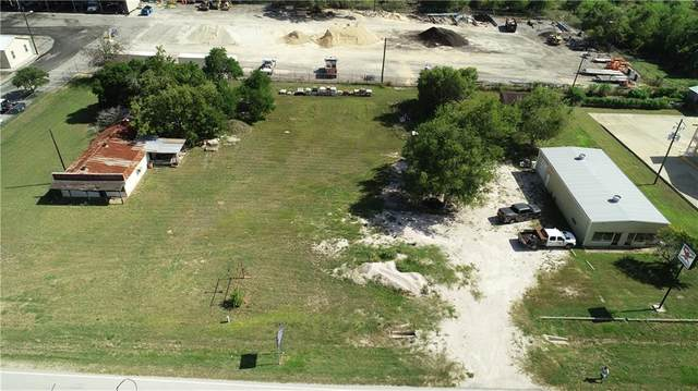 Goliad, TX 77963 :: South Coast Real Estate, LLC
