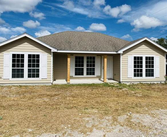 1103 Green Drive, Freer, TX 78357 (MLS #369737) :: South Coast Real Estate, LLC