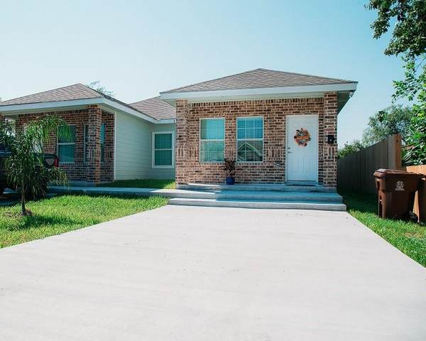 137 W Avenue D, Kingsville, TX 78363 (MLS #371025) :: RE/MAX Elite | The KB Team