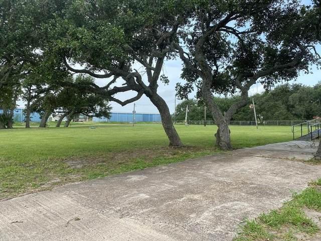 1715 S Doughty Street, Rockport, TX 78382 (MLS #371394) :: South Coast Real Estate, LLC