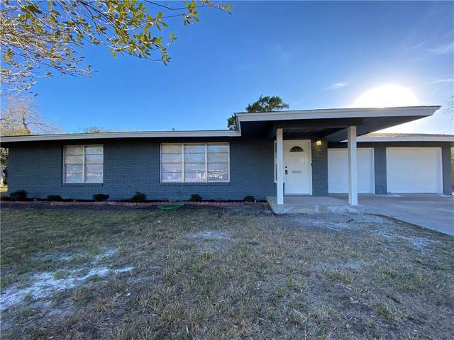 704 E Henderson Street, Bishop, TX 78343 (MLS #376136) :: KM Premier Real Estate