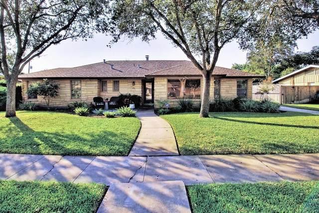 437 Dolphin Place, Corpus Christi, TX 78411 (MLS #376872) :: South Coast Real Estate, LLC