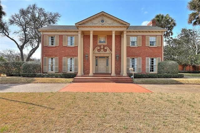5025 Ocean Drive, Corpus Christi, TX 78412 (MLS #380402) :: KM Premier Real Estate