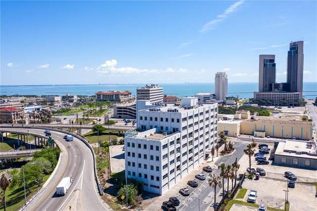901 N Upper Broadway Street, Corpus Christi, TX 78401 (MLS #381442) :: RE/MAX Elite | The KB Team