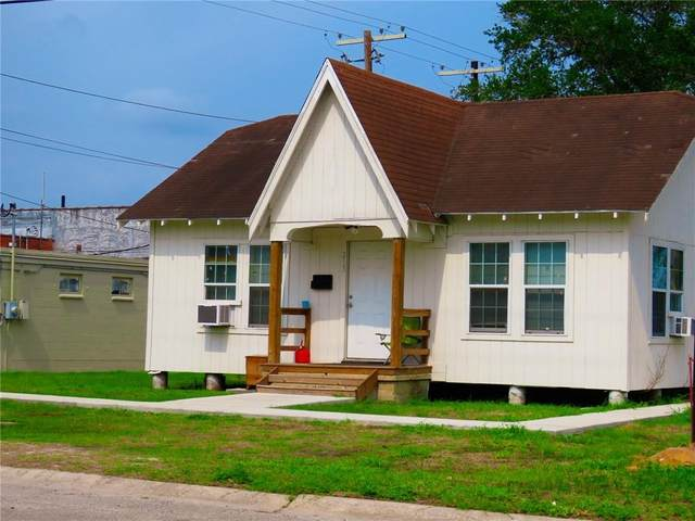 213 S Mccall Street, Sinton, TX 78387 (MLS #382056) :: RE/MAX Elite Corpus Christi