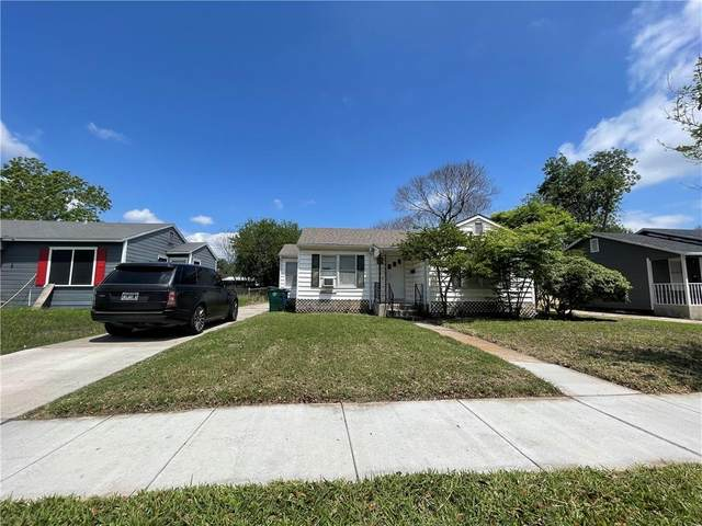 1050 Chamberlain Street, Corpus Christi, TX 78404 (MLS #382102) :: KM Premier Real Estate