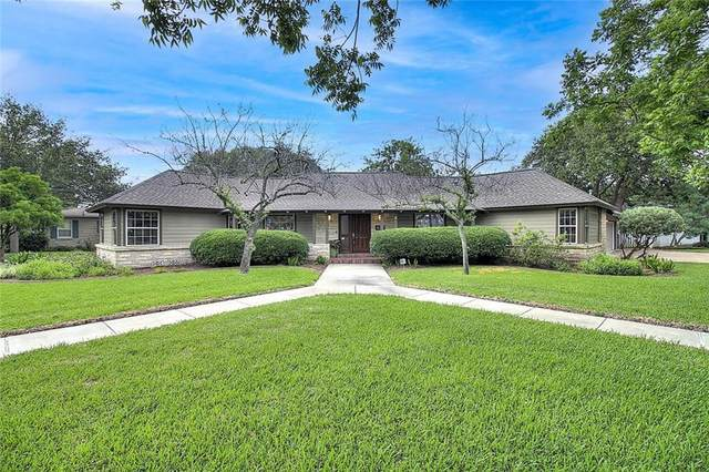 437 Delaine Drive, Corpus Christi, TX 78411 (MLS #382332) :: The Lugo Group