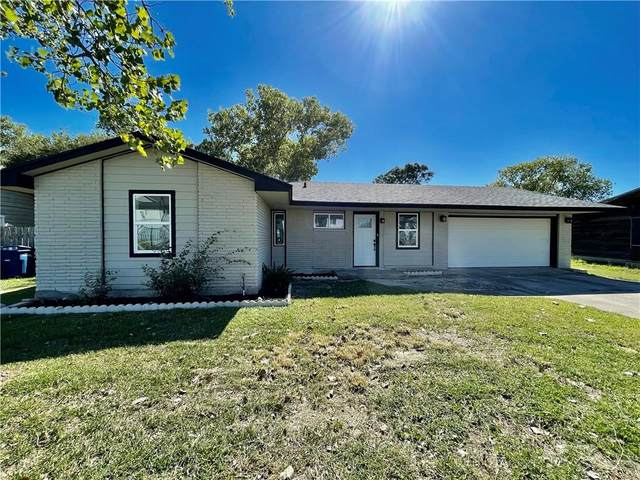 641 Airdome Drive, Corpus Christi, TX 78418 (MLS #388832) :: KM Premier Real Estate
