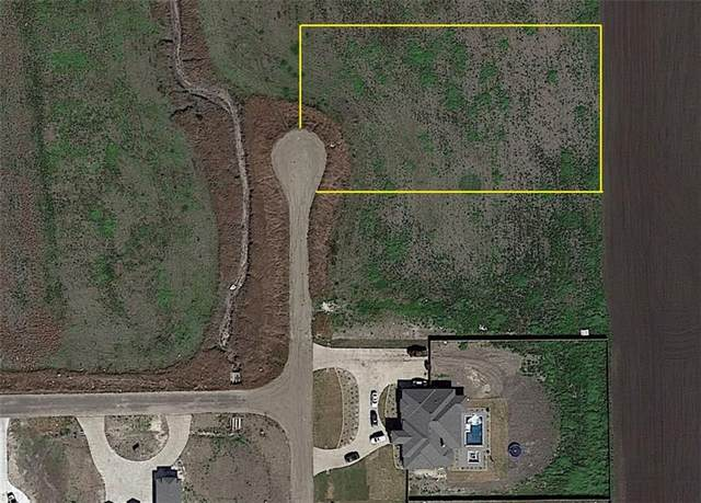4602 Tiara, Corpus Christi, TX 78415 (MLS #388844) :: KM Premier Real Estate