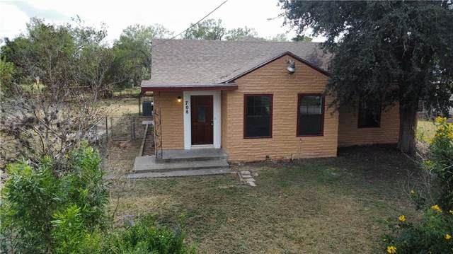 708 N Wright Street, Alice, TX 78332 (MLS #389562) :: KM Premier Real Estate