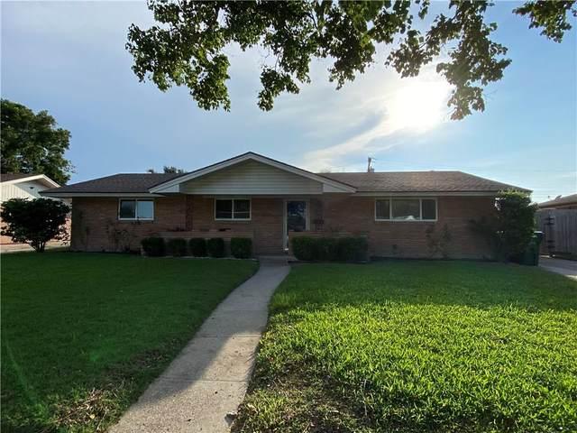 3325 Casa De Palmas Drive, Corpus Christi, TX 78411 (MLS #389647) :: KM Premier Real Estate