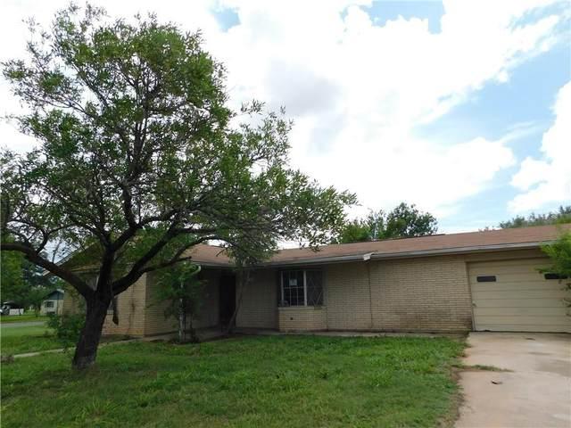 1004 N Wilhelma Avenue, Hebbronville, TX 78361 (MLS #389847) :: RE/MAX Elite Corpus Christi