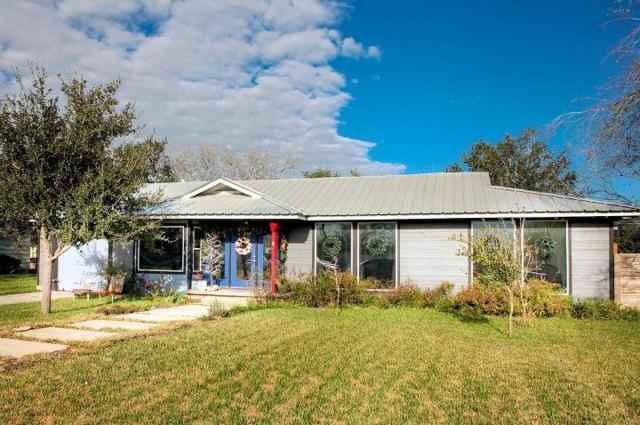 912 Fannin St, George West, TX 78022 (MLS #337633) :: RE/MAX Elite Corpus Christi