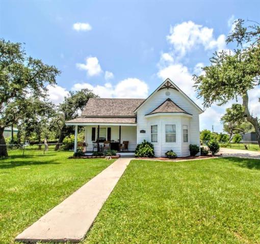 421 S Kossuth St, Rockport, TX 78382 (MLS #344850) :: Desi Laurel Real Estate Group