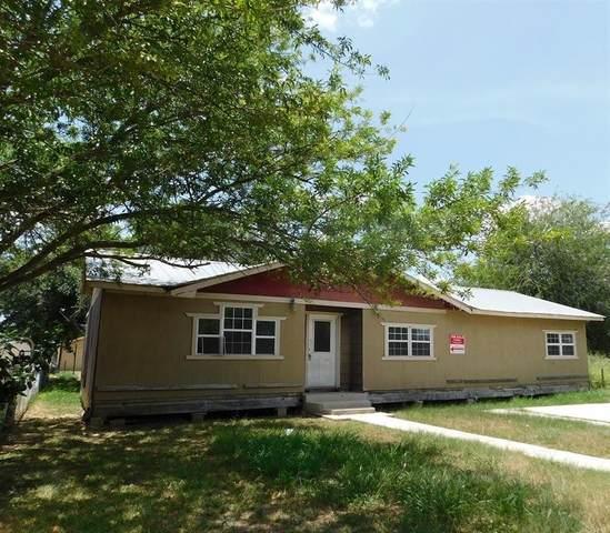 704 S Maria Street, Hebbronville, TX 78361 (MLS #373485) :: KM Premier Real Estate