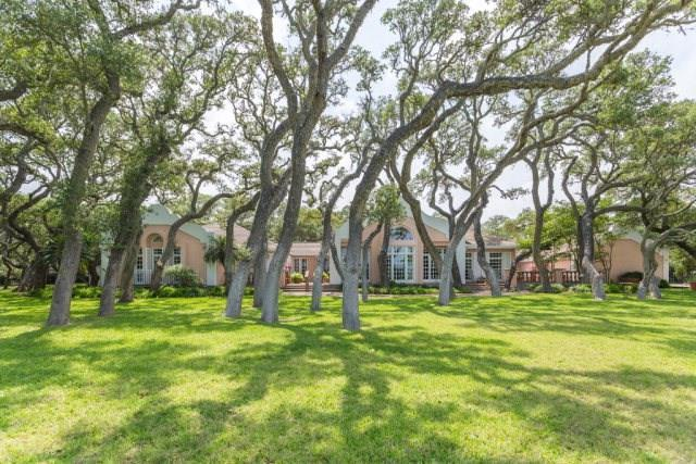 2114 Lakeview Dr, Rockport, TX 78382 (MLS #313534) :: Better Homes and Gardens Real Estate Bradfield Properties