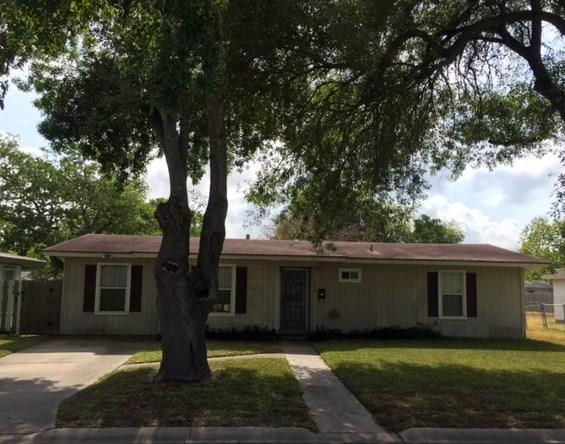 1308 Austin St, Portland, TX 78374 (MLS #316753) :: Better Homes and Gardens Real Estate Bradfield Properties
