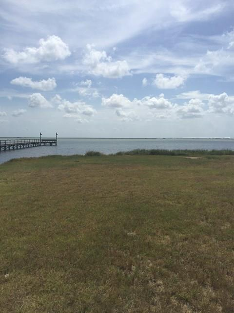 102 Southwind, Rockport, TX 78382 (MLS #318010) :: Better Homes and Gardens Real Estate Bradfield Properties