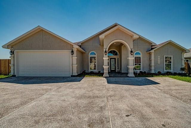 4006 Yorktown Circ, Corpus Christi, TX 78413 (MLS #319650) :: Better Homes and Gardens Real Estate Bradfield Properties