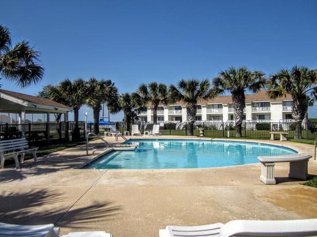 2292 N Fulton Beach Rd #104, Rockport, TX 78382 (MLS #319788) :: Better Homes and Gardens Real Estate Bradfield Properties