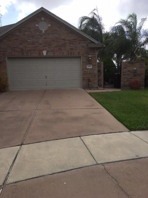7502 Briecesco, Corpus Christi, TX 78414 (MLS #319844) :: Better Homes and Gardens Real Estate Bradfield Properties