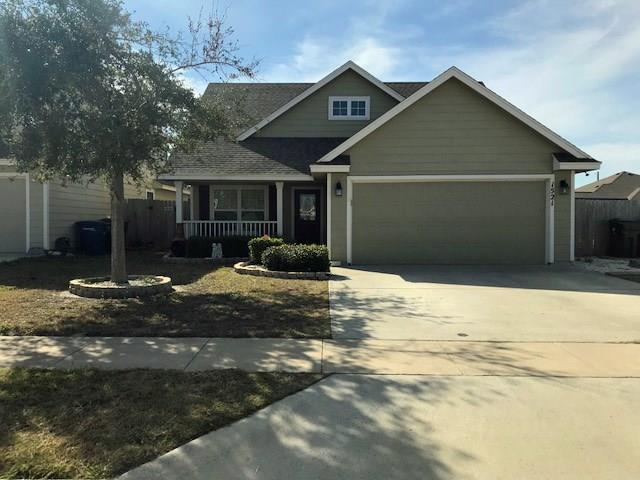 1521 Oak Harbor Dr, Corpus Christi, TX 78418 (MLS #322491) :: Better Homes and Gardens Real Estate Bradfield Properties