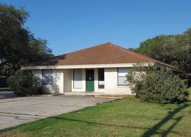 2602 Highway 35 N N, Rockport, TX 78382 (MLS #326556) :: Better Homes and Gardens Real Estate Bradfield Properties