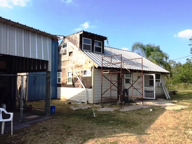 Woodsboro, TX 78393 :: Desi Laurel Real Estate Group