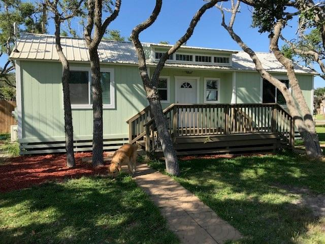 1617 S Doughty St, Rockport, TX 78382 (MLS #329275) :: Better Homes and Gardens Real Estate Bradfield Properties