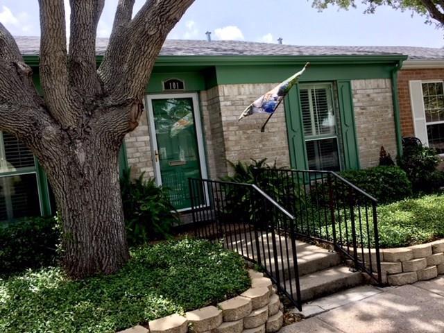 101 Townhouse, Corpus Christi, TX 78412 (MLS #331512) :: Better Homes and Gardens Real Estate Bradfield Properties