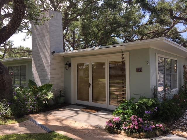 12 Beachwood, Rockport, TX 78382 (MLS #331745) :: Better Homes and Gardens Real Estate Bradfield Properties