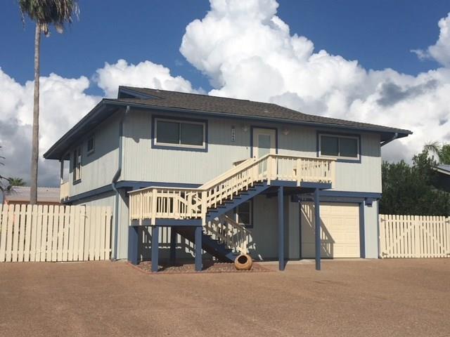 1855 Bay Shore Dr, Rockport, TX 78382 (MLS #334329) :: Desi Laurel Real Estate Group