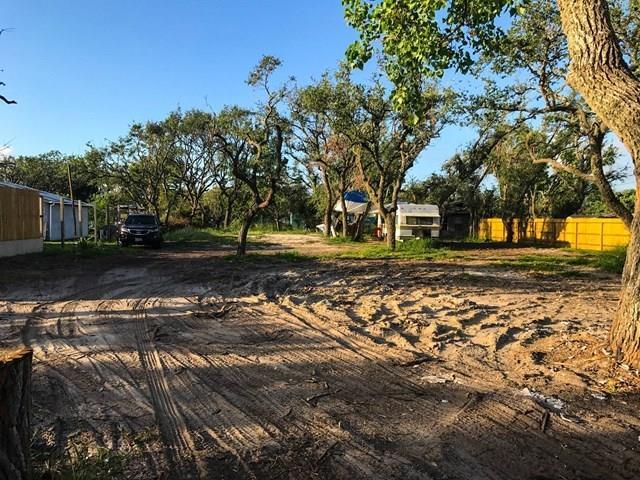 309 W Market St, Rockport, TX 78382 (MLS #335833) :: Desi Laurel Real Estate Group