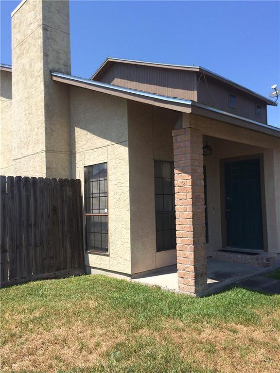 11210 Willowood Creek Dr A, Corpus Christi, TX 78410 (MLS #336119) :: Kristen Gilstrap Team