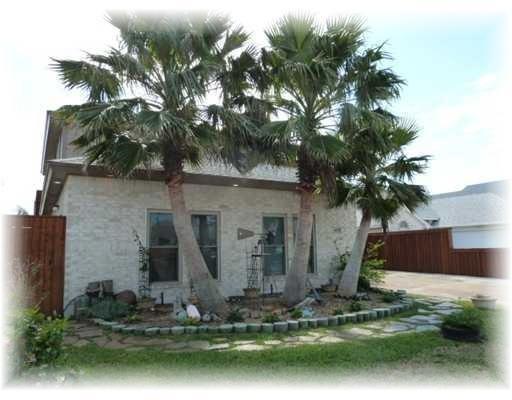 14217 Almeria Ave, Corpus Christi, TX 78418 (MLS #336126) :: Kristen Gilstrap Team