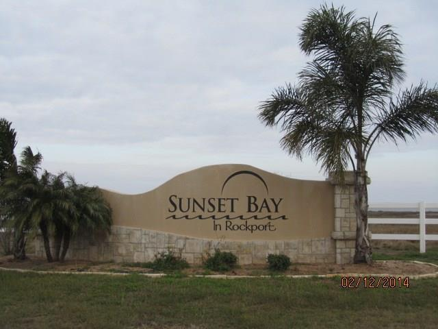 106 Sunrise Dr, Rockport, TX 78382 (MLS #336863) :: Better Homes and Gardens Real Estate Bradfield Properties