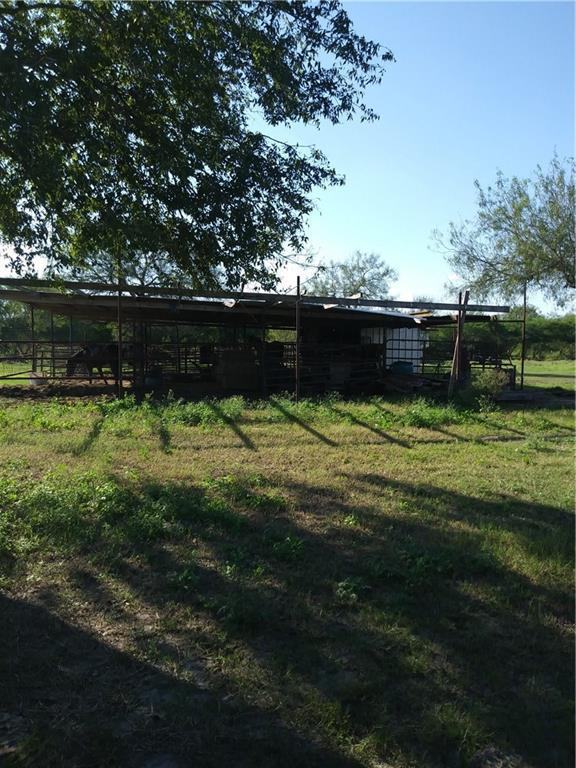1904 County Rd 440 Cr, Benbolt, TX 78342 (MLS #337065) :: RE/MAX Elite Corpus Christi