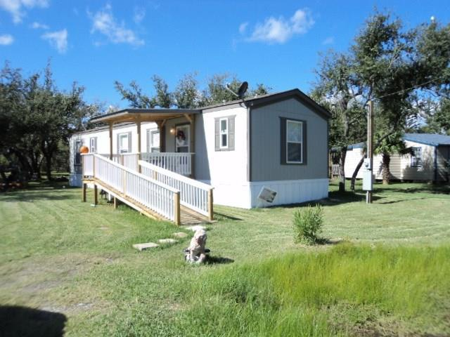 1115 N Gagon St, Rockport, TX 78382 (MLS #337613) :: Kristen Gilstrap Team