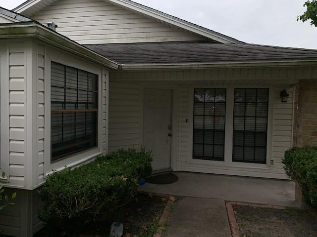 7025 Rivergate Dr, Corpus Christi, TX 78413 (MLS #337924) :: Better Homes and Gardens Real Estate Bradfield Properties