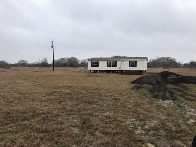 413 W Oaks, Victoria, TX 77905 (MLS #338145) :: RE/MAX Elite Corpus Christi