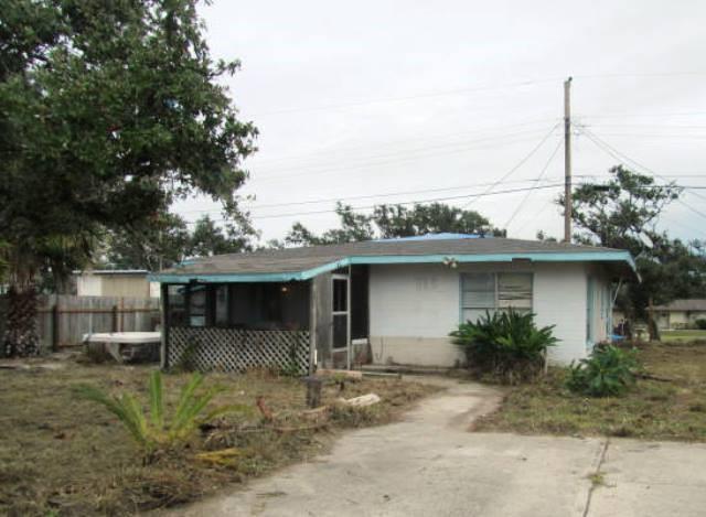 113 Hughes Dr, Rockport, TX 78382 (MLS #339881) :: Desi Laurel Real Estate Group