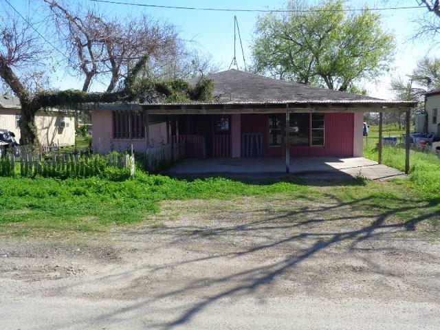 1217 Naranjo St, Sinton, TX 78387 (MLS #340386) :: Desi Laurel & Associates