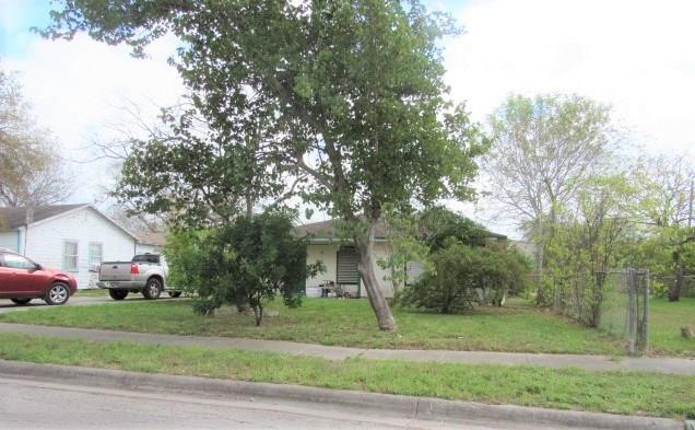 5134 Larcade Dr, Corpus Christi, TX 78415 (MLS #340434) :: RE/MAX Elite Corpus Christi