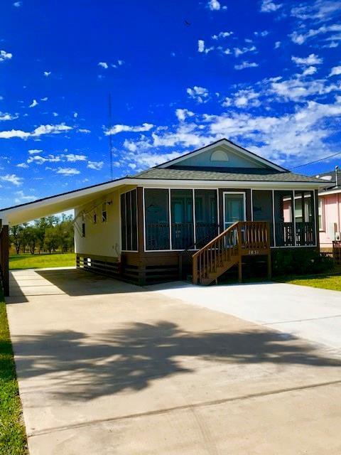 1831 S Doughty St S, Rockport, TX 78382 (MLS #340536) :: Desi Laurel Real Estate Group